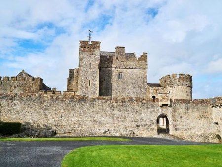 Cahir Castle - Castle Tours Ireland