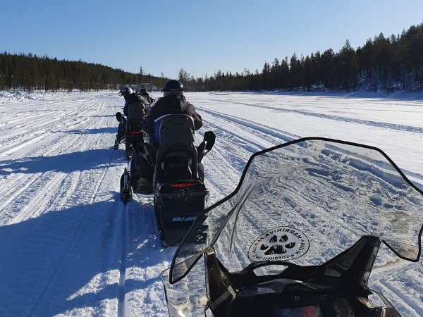 Snowmobiling Lapland