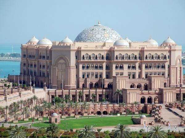7-day Dubai itinerary Emirates Palace