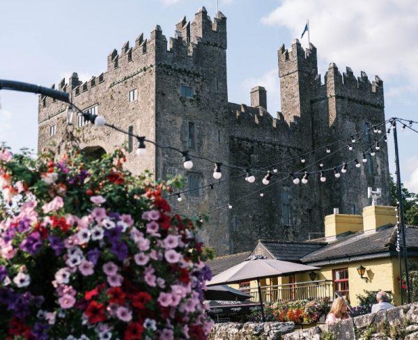 Ireland bucket list - Bunratty Castle