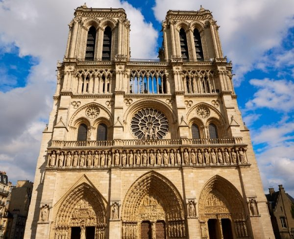 Things to do in Paris alone Notre Dame Cathedral