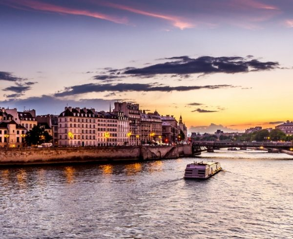 Things to to in Paris Alone River Seine Dinner Cruise